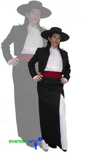 traje-huasa-elegante